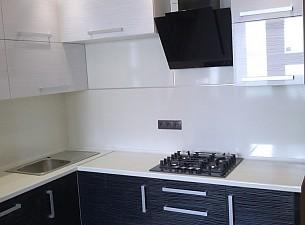 Кухня High Gloss, черный дождь